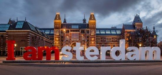 Taxi Delft naar Amsterdam