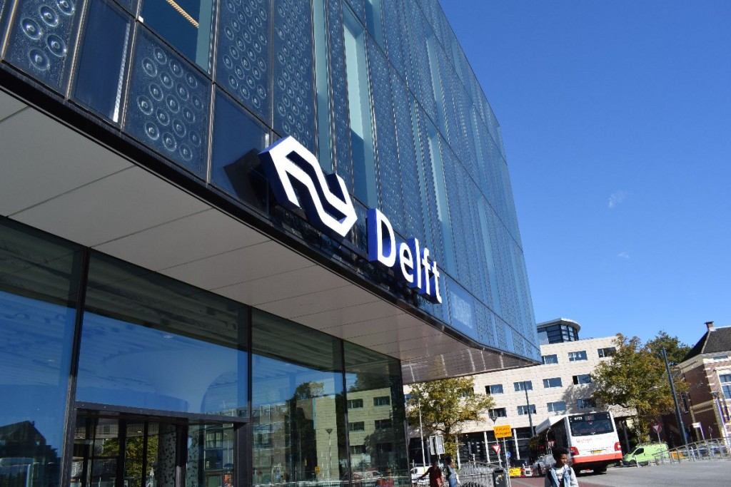 Taxi naar station Delft
